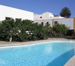 Villa Lola y Juan