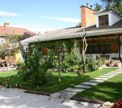 Casa rural el llantar de la sierra casa rural en - Casa en la sierra de madrid ...