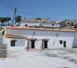 Cueva el haro casas cuevas en baza granada - Casa rural haro ...