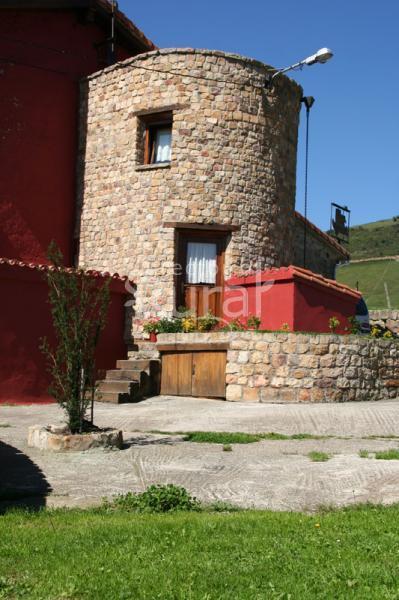 Albergue la torre casa rural en santiurde de reinosa - Casa rural reinosa ...