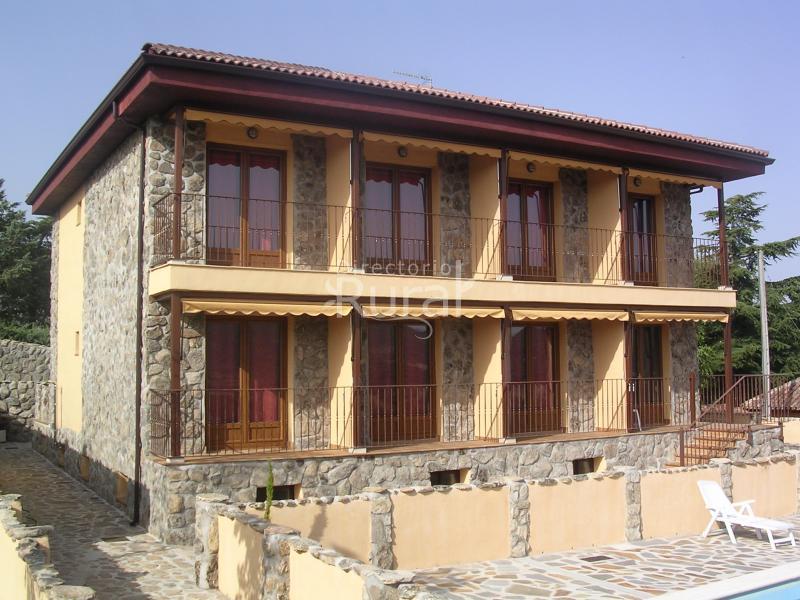 Casa rural manzanares dise os arquitect nicos - Disenos de casas rurales ...