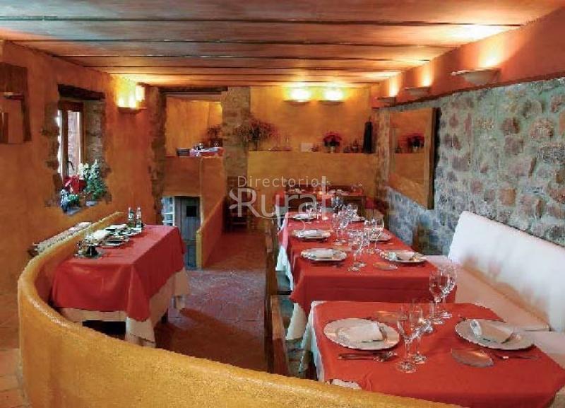 El jard n vertical hotel rural en vilafam s castell n for Hotel el jardin vertical vilafames