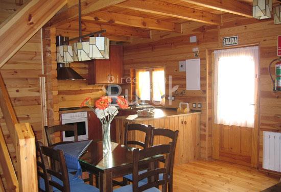 La ardilla silvestre casa rural en pajaroncillo cuenca - Casa rural de madera ...