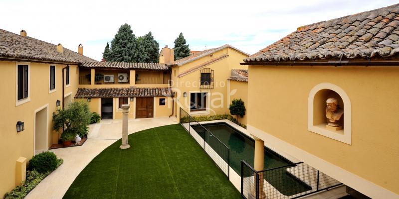 Villa cornelius casa rural en las herencias toledo - Casa rural las herencias ...
